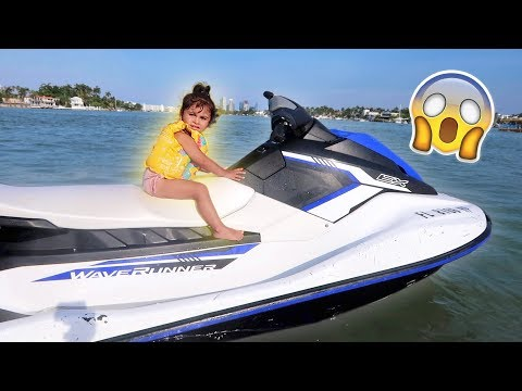 Xxx Mp4 ELLE RIDES A JET SKI FOR THE FIRST TIME ONLY TWO YEARS OLD 3gp Sex