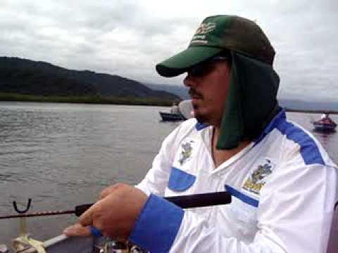 Pescando bagre em menos de 1 minuto confira pescaria muito rapida peixenalinha .br