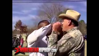 Texas cop gets owned by Black Panther party