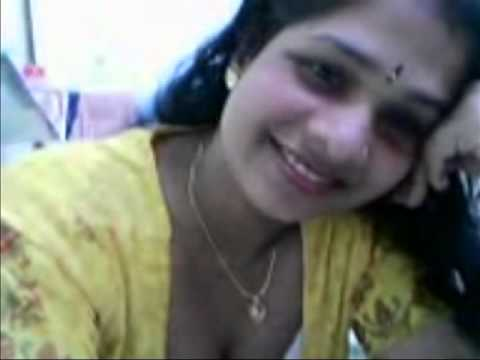 Indian Aunty in Saree : Porn Videos at