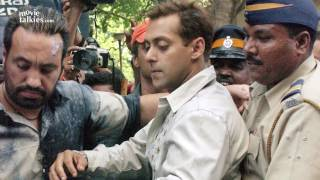 High Court Sets Salman FREE in Hit And Run Case 2002