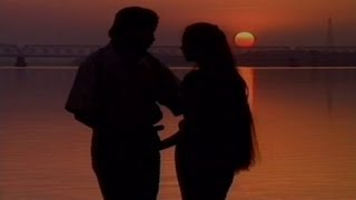 Kemiti Kahibi (2000 Love) - Hit Oriya Video Song
