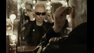 The Prodigy - Baby's Got A Temper (Videoclip)