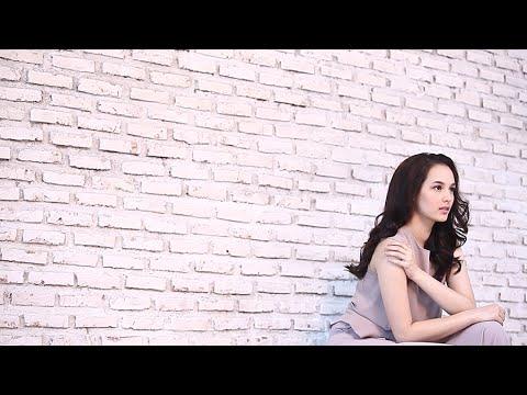 Chelsea Islan Photoshoot for Tabloid Nova | Behind The Scene
