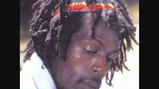 Gregory Isaacs - Can I Change My Mind_2.mp4