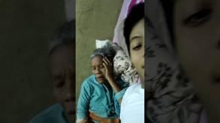 Keseruan saat mau tidur bercanda dengan mamah tercinta😘