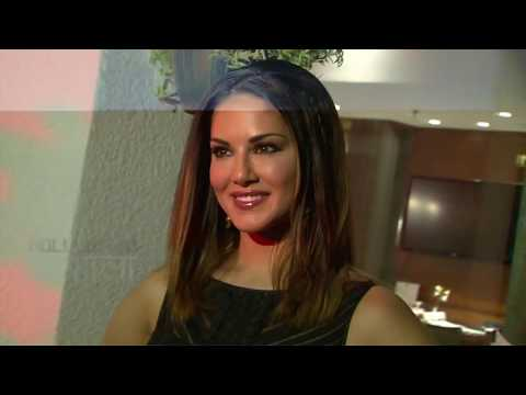 Sunny Leone Will Seduce You In A Hot Saree | Manforce Ad 2017 | Full Video HD