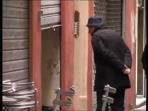 Xxx Mp4 Documentario Sugli Umarells Il Voyeur Metropolitano 3gp Sex