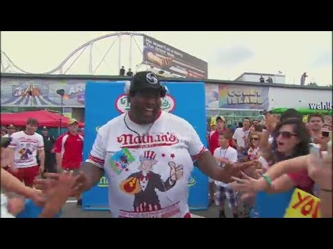 Xxx Mp4 Badlands Booker Busts A Move At The 2015 Nathan S Hot Dog Eating Contest ESPN Archives 3gp Sex