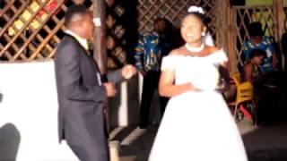 Mc Massanza Katika Usiku Wa Bw. David & Bi. Happyness Katika Ukumbi Wa Africana Hall