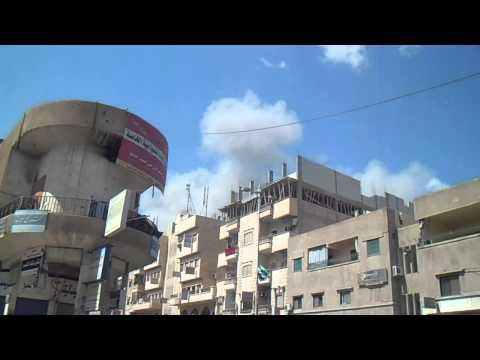 الرقة 24 3 2013 قصف الطيران الحربي على الصالة الرياضية