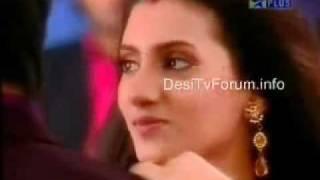 Heer teases Prem whilst dancing - YouTube.flv