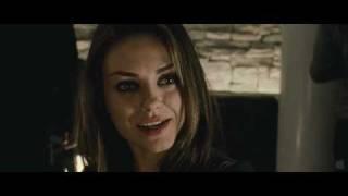 Natalie Portman and Mila Kunis kissing