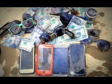 Xxx Mp4 River Treasure IPhones Cash IHome Raybans And MOAR 3gp Sex