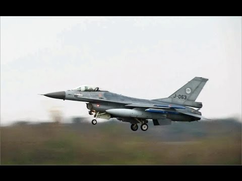 Touch and Go + Arrivals F16's, J-063 + J-011, Dutch AF at Volkel