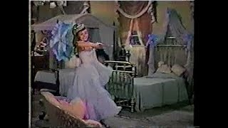 Teresa Brewer - Mr.Banjo Man scene from Those Redheads From Seattle 1953