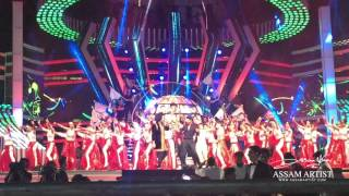 Shahrukh Dance on Arabic Fan Anthem in TOIFA Dubai 2016