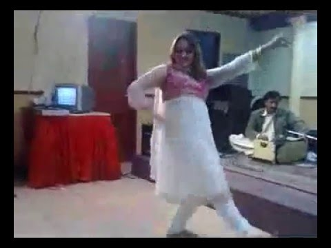 Xxx Mp4 Local Hot Gril Pashto Daram Actress Nadia Khan Dance Video In Room Sex Dance And Song In Mujra 640x 3gp Sex