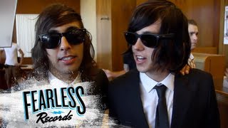 Pierce The Veil - Behind The Scenes of