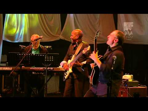 Xxx Mp4 FourPlay Java Jazz Festival 2011 3gp Sex