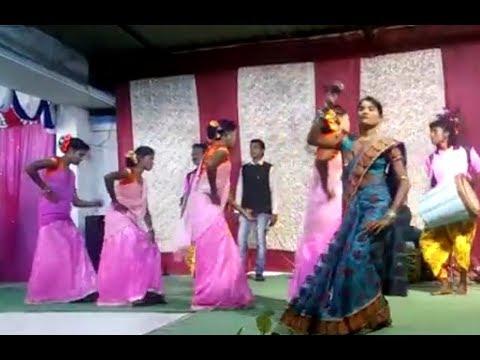 Xxx Mp4 ঝুমুর গান Anjali Mahato Stage Program Purulia Jhumur Gaan রাধা রাধা বলে 3gp Sex