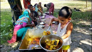 Big Wallago Catfish Cooking Prepared By 3 Years Children - Cute Baby Sneyha