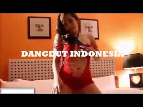 DANGDUT INDONESIA | GOYANG STRIPTIS WANITA PANGGILAN HOT