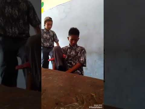 Xxx Mp4 SMA Pgri Betung Koplak 3gp Sex