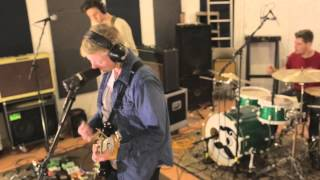 Captive Son - Vacant (Live at Buzzlounge)