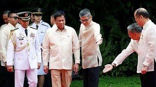 Duterte, le nouveau président controversé des Philippines