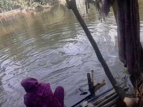 পুকুরে গোসল করা  bangla gosol video