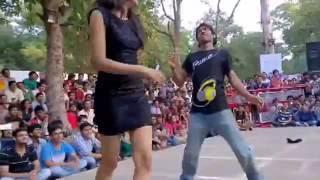 Funniest Duet Dance @ IIT kanpur