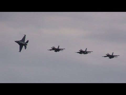 F-2 模擬空対地攻撃・空包射撃 三沢基地航空祭2017