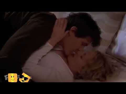 Hollow man the hollywood movie hot kiss and laked seans