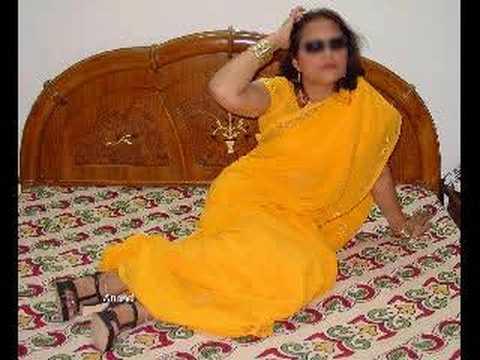 beautiful indian woman in saree