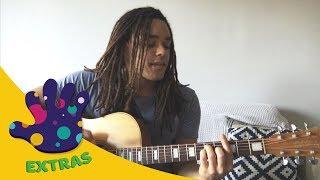 Hi-5 Extras: Joe Makes Beautiful Bright Music