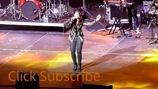 Shreya ghoshal Rahat Fateh Ali Khan live Teri Ore Singh Is King Full Song HD Video