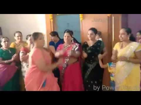 Aunty 's Dance Funny Kulukkithakka Hot Viral 2016