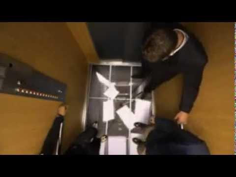 в лифте тёлочку