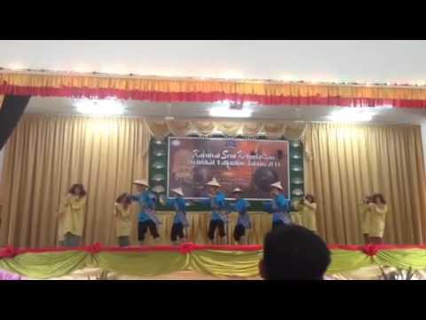Tarian Adai Adai suku kaum Melayu Brunei Limbang Lawas