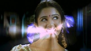 Pournami Comedy Scene - Chandrakala Showcasing Her Teeth For Light - Prabhas , Charmi