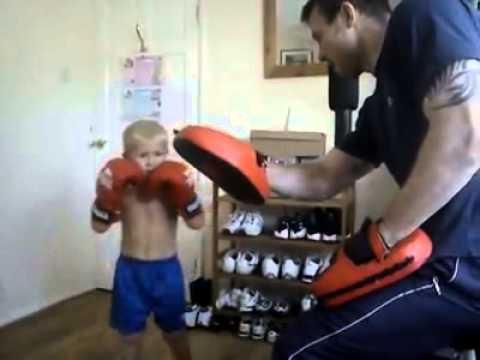 Amazing Kick Boxing Kid