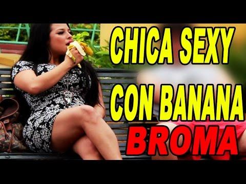 CHICA SEXY CON BANANA |BROMA|