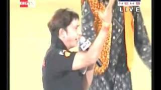 Sukhwinder Singh Performing Kabaddi Song at World Kabaddi Cup 2010