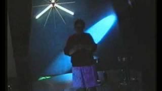 Ronita Yory zingt Meico