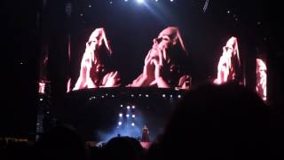 Adele Melbourne Concert Sunday 19th March 2017: Water Under The Bridge