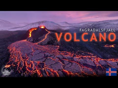 ICELANDIC VOLCANO ERUPTION 4K Flying through the lava