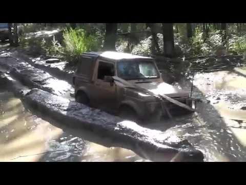 Savage 4X4 Suzuki Sierra in action at Wombat