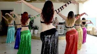 فرقة رقص شرقي جميلة من 7 بنات اوربيات