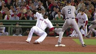 Jeter jokes with Papi at second base